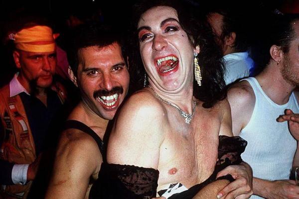 Freddie Mercury y sus salvajes fiestas: películas de Fellini en una nube de cocaína