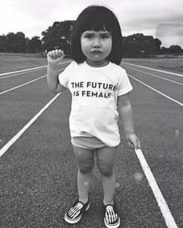 ¿Y si enseñamos a las niñas a ser valientes, en vez de ser perfectas?