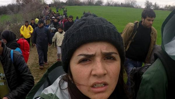 Una joven de 20 años documenta su duro viaje de Siria a Europa