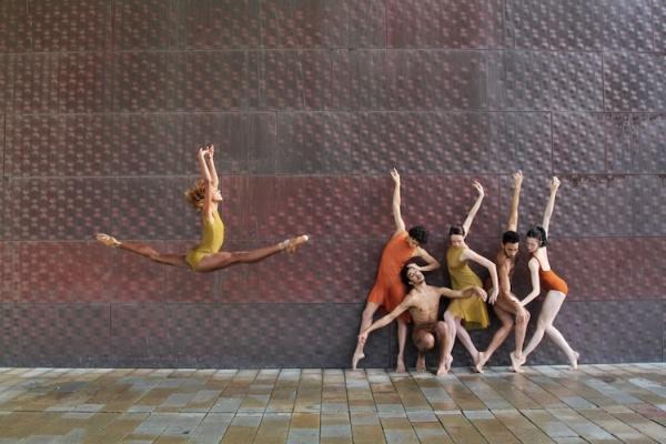 Bailarines y fotógrafos unidos para realizar estas estupendas fotografías