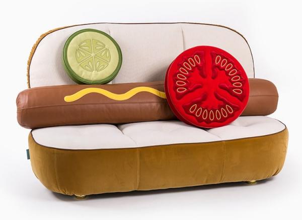 Fast Food Furniture: apetitosos sillones con forma de perrito caliente y hamburguesa