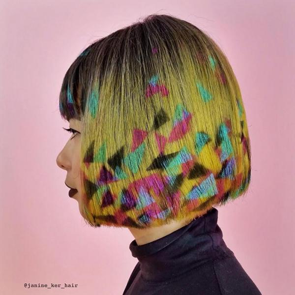 Una estilista crea coloridos peinados inspirados el arte del graffiti