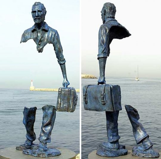Las desconcertantes esculturas de Bruno Catalano