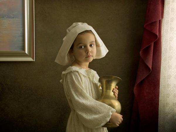 Un padre fotografía a su hija para homenajear a los pintores clásicos
