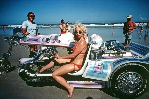 Fotografías que nos recuerdan cómo era la vida en la playa en los años 70