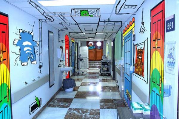 Fantasía en las paredes del Área de Oncología Infantil de un hospital de Elche